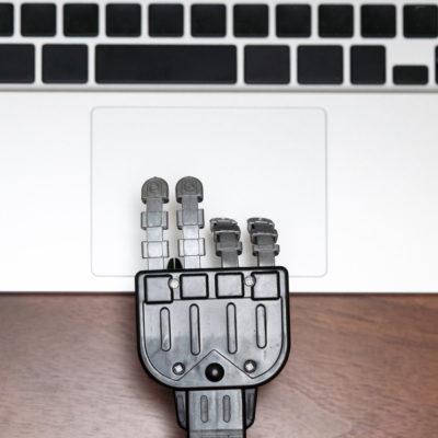 La formation des adultes doit évoluer pour se préparer à l'automatisation, pour l'OCDE