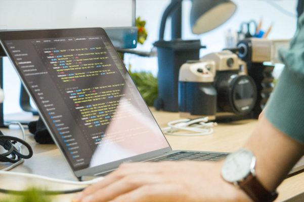 Quel est le langage préféré (et détesté) des développeurs ?